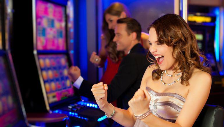 Filmiteemalised mänguautomaadid